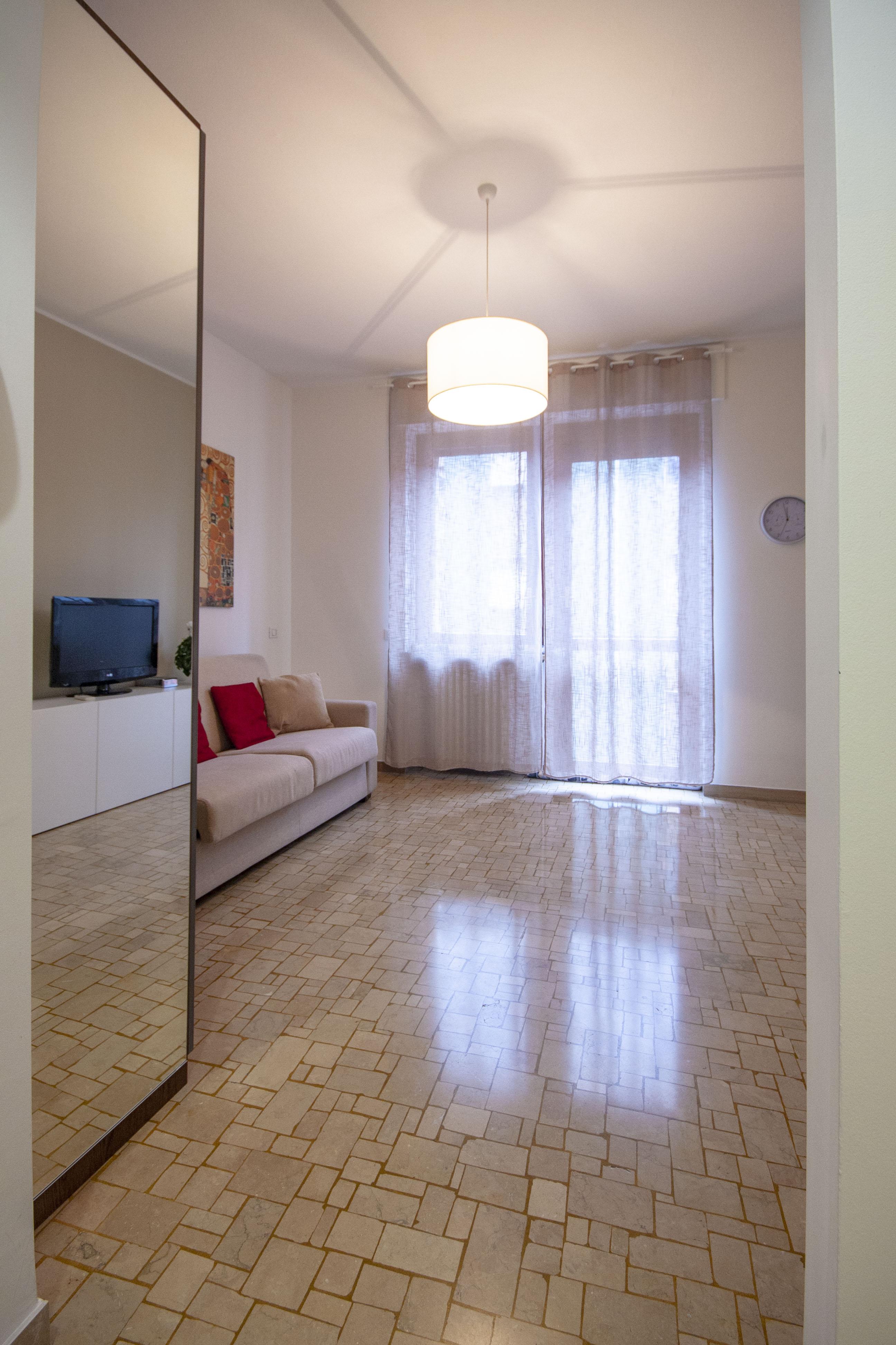 White Suite 2